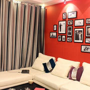 婚房客厅照片墙
