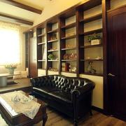 复式楼客厅沙发置物架