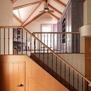木屋别墅木质楼梯