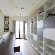 三室一厅收纳柜