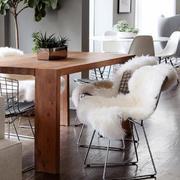 复式楼温暖椅子