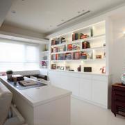 三室一厅开放式小书房图片
