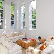 复式楼温馨客厅