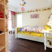甜美彩色儿童房