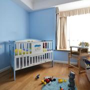 儿童房蓝色墙壁装饰