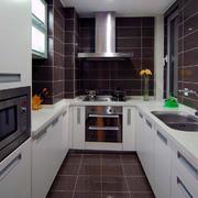 家庭厨房装修