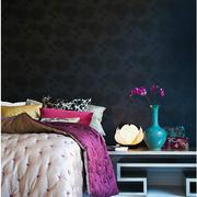卧室个性床头柜装饰