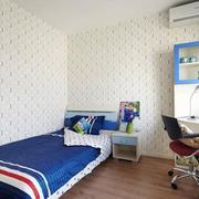 儿童房小床