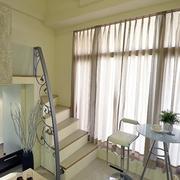 美观单身公寓楼梯展示