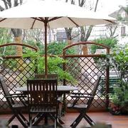 喝茶聊天的露台花园设计