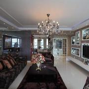 婚房客厅吊顶装饰