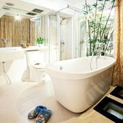 明亮通透的浴室设计