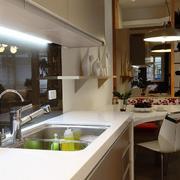 简单的厨房橱柜