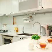 房屋小型开放式厨房设计