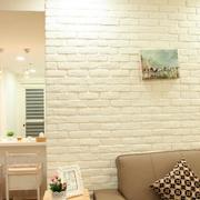 房屋别致沙发背景墙展示