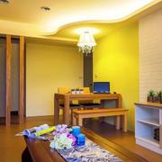 单身公寓客厅装修图片