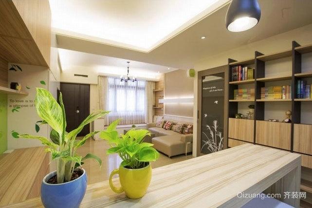 木质浅色两居室小户型榻榻米装修效果图