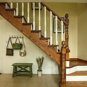 三室两厅楼梯设计