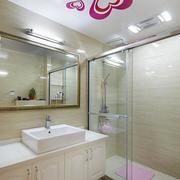 三室两厅卫生间图片