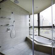 大型浴室窗户设计