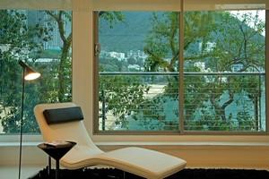 自然舒适小户型阳台装修设计效果图