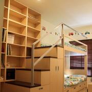 暖色调儿童房双人床