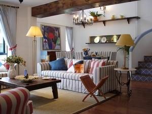 地中海跃层式住宅小客厅装修效果图