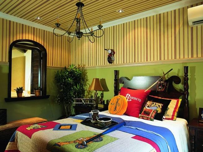 深沉庄重 的东南亚风格卧室吊顶造型装修效果图