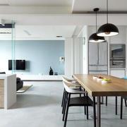 开放式厨房餐桌设计