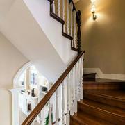 木质楼梯装修设计