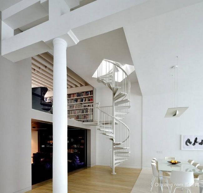 2015豪华的铁艺旋转楼梯装修效果图鉴赏