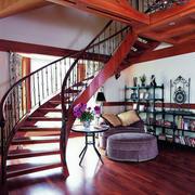 有艺术感楼梯装修设计