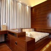 木色调榻榻米床装修