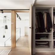 跃层小户型衣柜装修