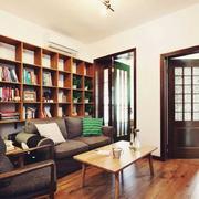 两室一厅木地板装修