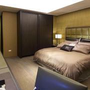 卧室木地板装修图片
