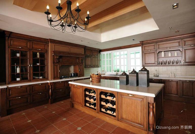 极具贵族格调的现代厨房厨柜装修效果图鉴赏