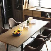 老房餐桌设计图片