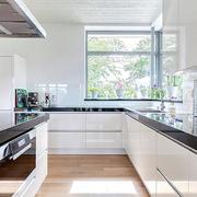 别墅厨房装修欣赏