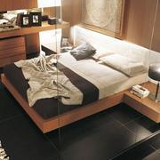 卧室玻璃隔断设计图片