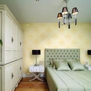 单身公寓卧室装修图片