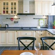 复式楼厨房装修图片