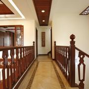 古典韵味复式楼楼梯装修