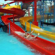 水上游乐园滑滑梯设计