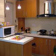 精致型厨房吧台装修
