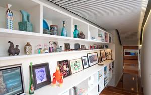 体验澳洲活泼风情:十足现代感彩色公寓式住宅装修效果图