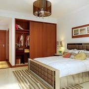 三居室衣柜设计欣赏