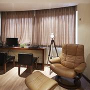 三室两厅沙发装修图片