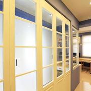 淡色调三室一厅装修