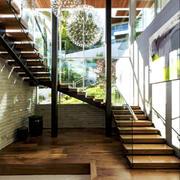 阳光房木质楼梯装修